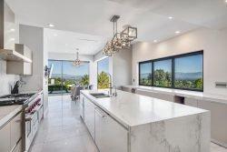 طراحی مدرن آشپزخانه، لذت حضور در این فضا را برای شما دوچندان خواهد نمود.