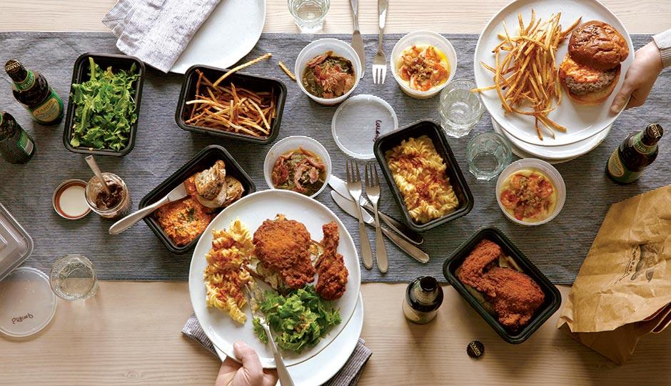 ظروف یکبار مصرف برای نگهداری و بستهبندی مواد غذایی مختلف مورد استفاده قرا میگیرند.