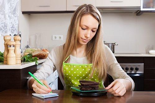 ابزارهای اندازهگیری آشپزخانه، شما را تبدیل به یک آشپز حرفهای کرده و مزه غذاهایتان را زیر زبانها ماندگار میکنند.