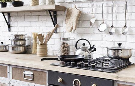 از تاثیر وسایل تزئینی وسایل آشپزخانه عروس غافل نشوید.